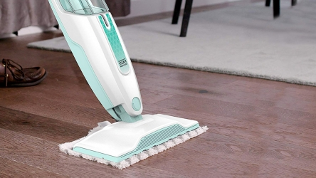 10 Highly-Capable Steam Cleaners for Pets – Perfectly Removes Cat/Dog Urine Stains, Smells!